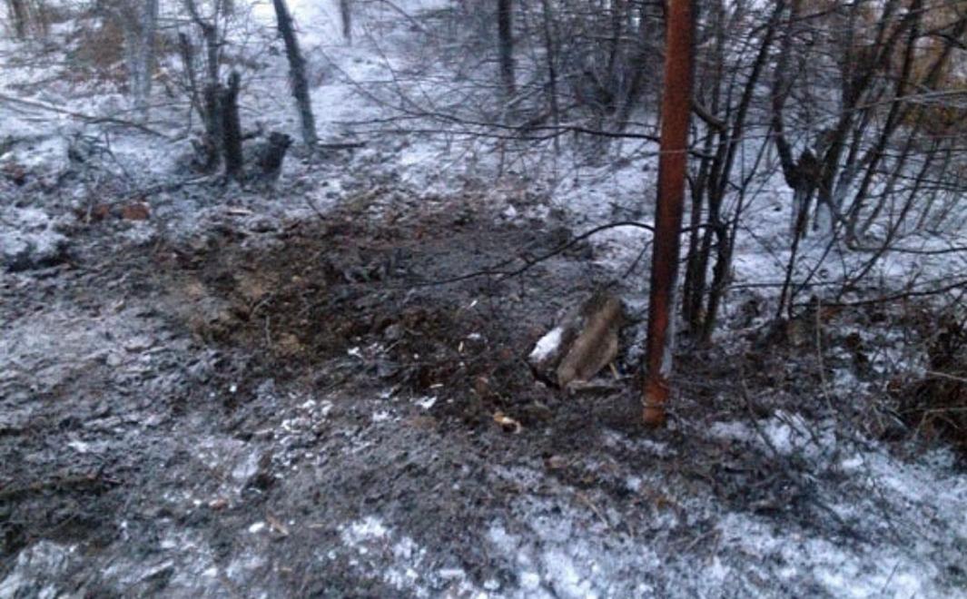 В Железном в результате обстрела был поврежден частный жилой дом