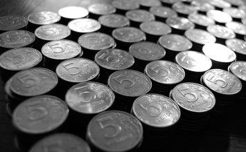 ДНР заплатит ветеранам Второй мировой и многодетным семьям из Украины по несколько тысяч рублей