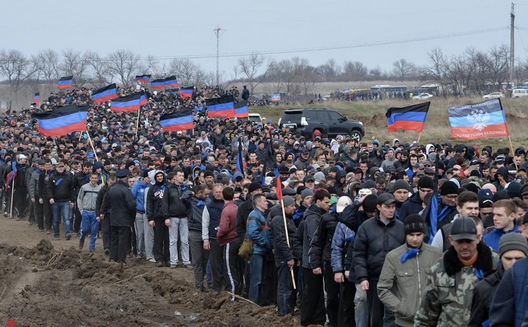 Захарченко ответил наслухи овоенной мобилизации вДНР