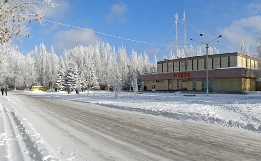 Местные жители рассказали о выпавшем желтом снеге в Горловке, Донецке и Луганске