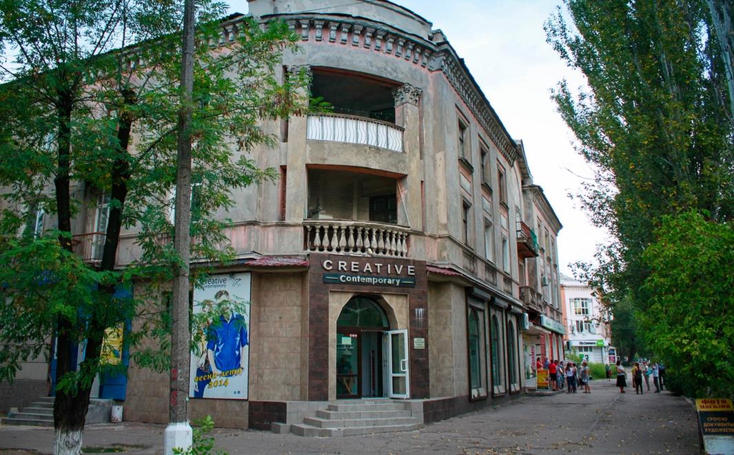 В городах ДНР отремонтируют фасады домов на центральных улицах