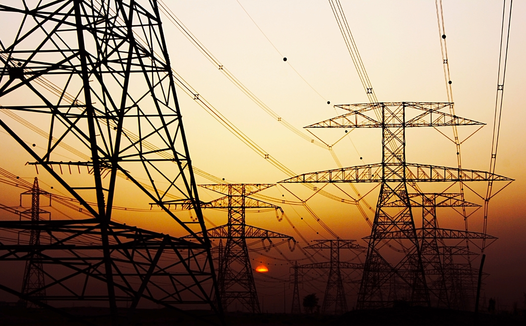 Энергетики восстановили электроснабжение ДНР после урагана