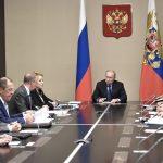 Кремль провел совещание Совета безопасности после разговора с Порошенко