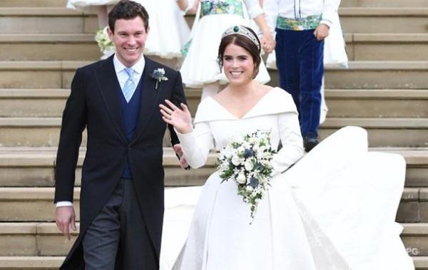 Бывший официант стал супругом внучки королевы Елизаветы II