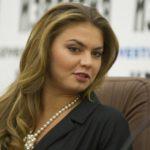 Алина Кабаева успешно защитила диссертацию в Санкт-Петербурге