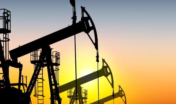 Нефть дорожает на фоне заявления Саудовской Аравии о сокращении