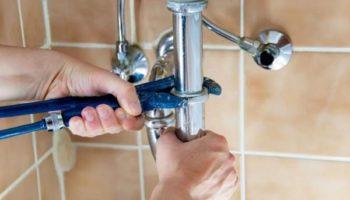 Как произвести замену труб в квартире, и при этом не нарушить закон