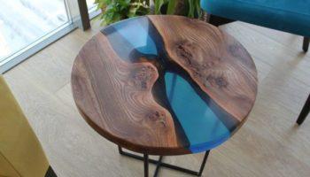 Самодельный красивый эпоксидный стол