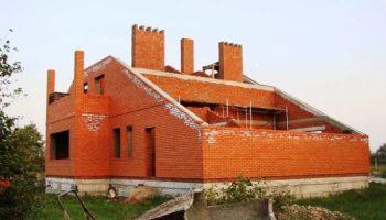 Почему построить надежный дом за 4 месяца нереально