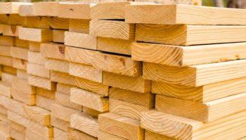 Как распознать некачественный пиломатериал при строительстве дома
