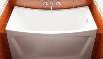 Какое основание для ванны лучше выбрать