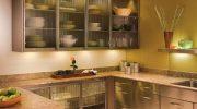 Прозрачные кухонные фасады, плюсы и минусы