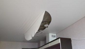 В каких случаях нельзя ремонтировать натяжные потолки