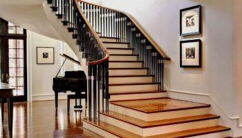 Какая лестница лучше для дома: деревянная или металлическая