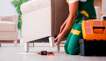 Как починить продавленный диван?