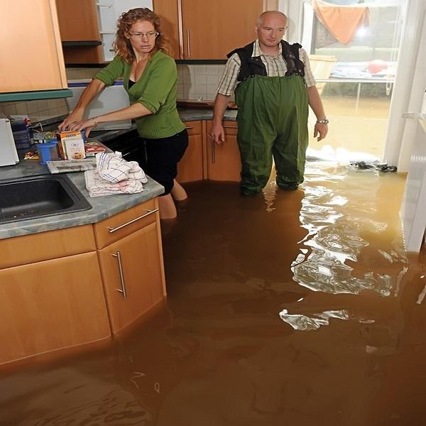 затопило квартиру по вине жкх