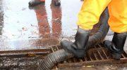 Самый эффективный способ прочистить ливневую канализацию