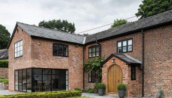 Какой выбрать материал для постройки дома, если поджимают сроки и бюджет