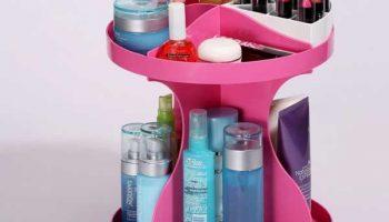 Как спрятать много средств по уходу в ванной
