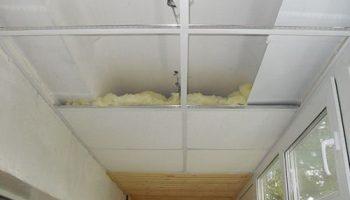 Почему в деревянном доме нельзя утеплять потолок пенопластом