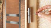 Почему скрипят новые двери после установки