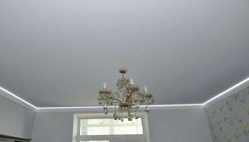 Как разводка электрики по потолку «съедает» высоту стен