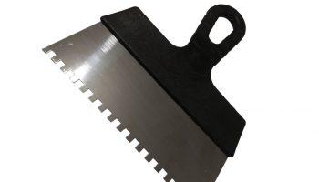 Почему профи пользуются только зубчатым шпателем для укладки плитки