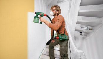 В каких случаях лучше красить стены краскопультом
