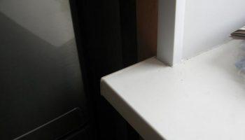 Как подрезать длину пластикового подоконника и не испортить его