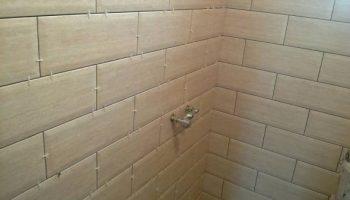 5 отличий укладки плитки на стены и на пол