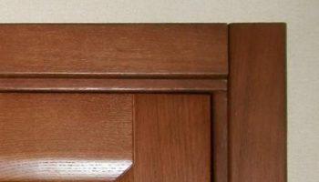 Порядок крепления дверных наличников, о котором многие забывают