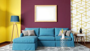 Как стильно использовать пространство над диваном