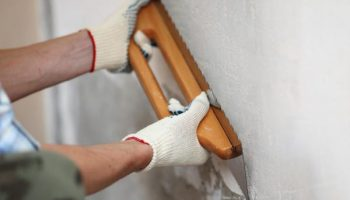 Действительно ли нужно хорошо выравнивать стены или можно сэкономить