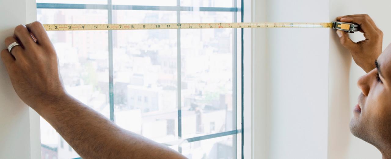 Как самостоятельно измерить проем окна для заказа жалюзи