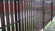 Особенности металлического штакетника