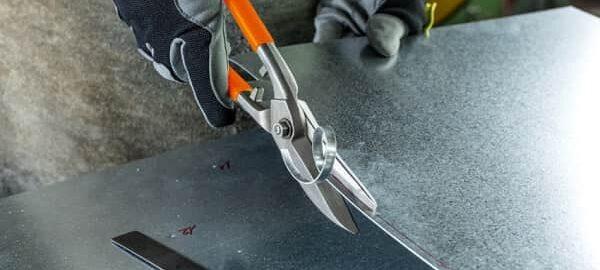 Особенности выбора ножниц по металлу