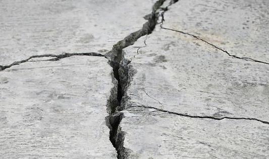 Почему бетон трескается